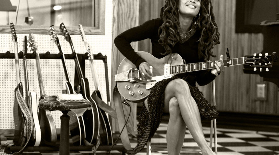 Valerie June – Working Woman Blues